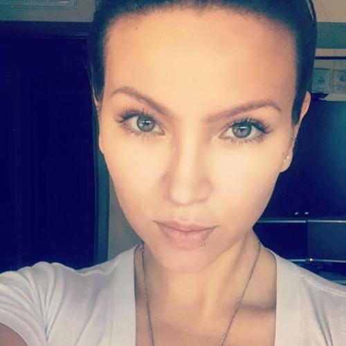 Rachel again's avatar