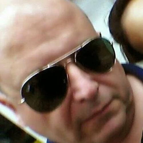 Daniel Pereyra's avatar