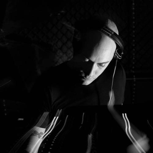 DJ Roo's avatar