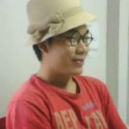 Khanh Hoang's avatar