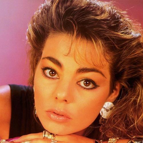 Marinica's avatar