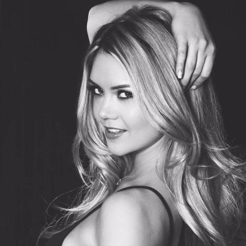Ella Louse's avatar