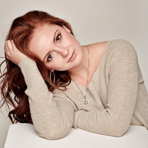 Sierra Lauren's avatar