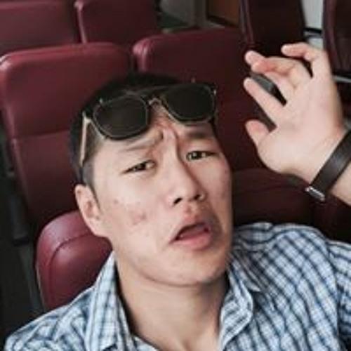 윤우현's avatar