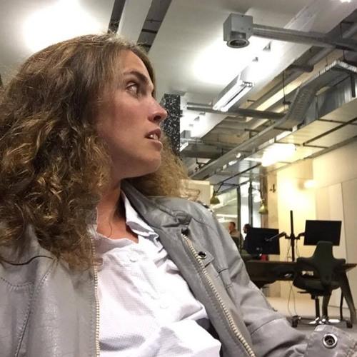 Amandine Casadamont radio's avatar