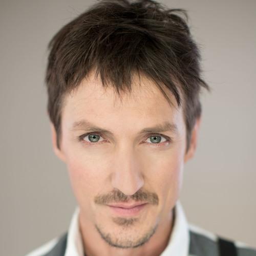 Chris Chameleon's avatar
