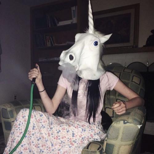 QueenR's avatar