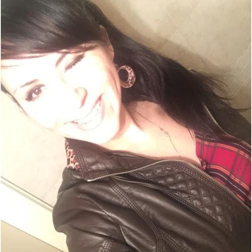 Erika Eid's avatar