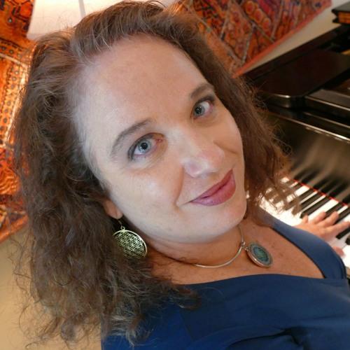 Julie Blue's avatar
