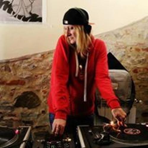DJ Missyl's avatar