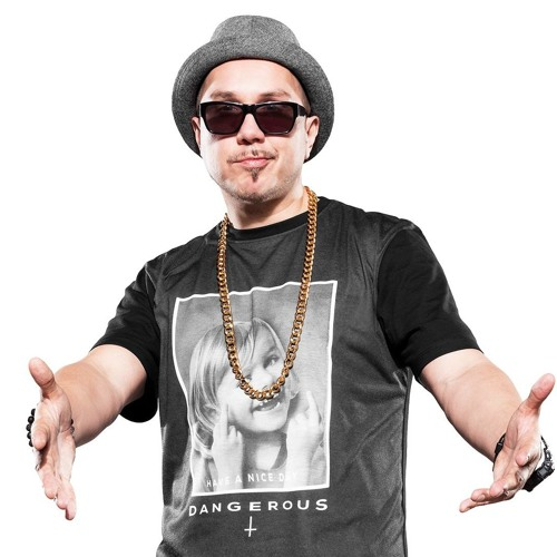 dj tomekk's avatar