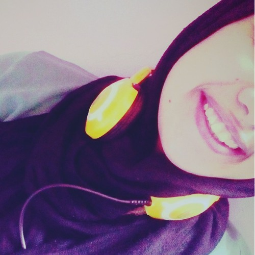 Amira shaker's avatar
