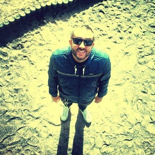R. Figoni's avatar