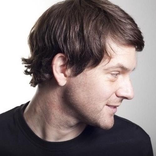 Simon Houser's avatar
