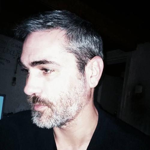 Alfredo Martinez's avatar