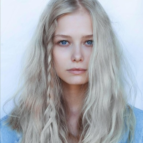 Karolina Bien's avatar