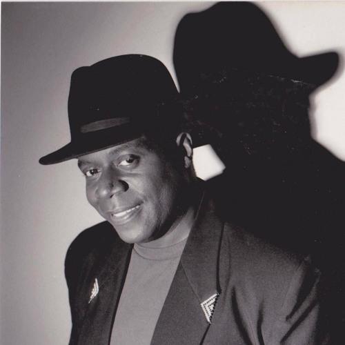 Michael Whitney Brown's avatar