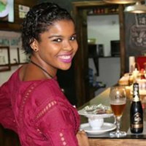 Michaela Marcelino's avatar