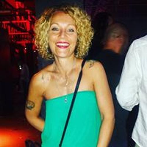 Laura Romano's avatar