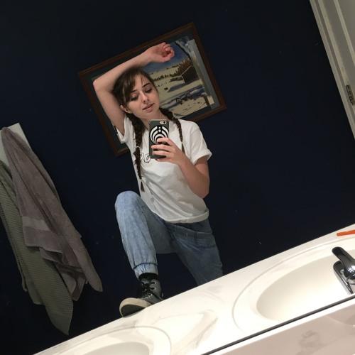 Megan Matthews's avatar