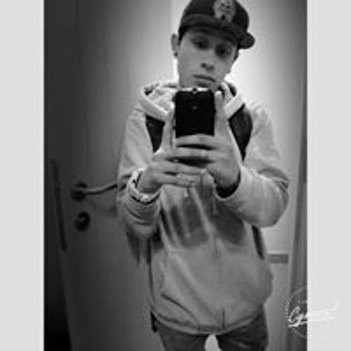 Lardy Vargas's avatar