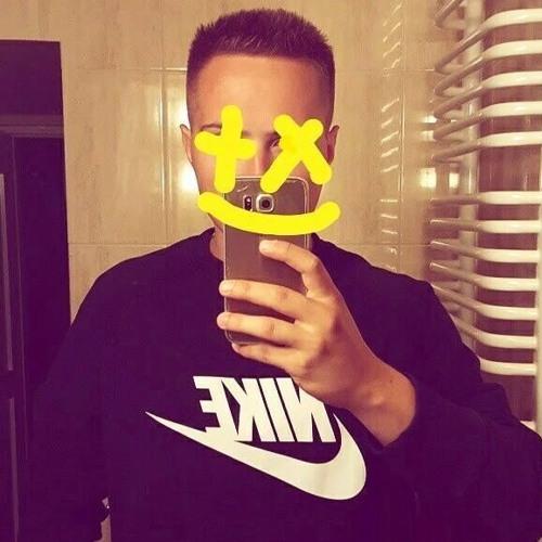 Tom217's avatar