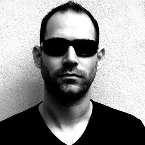 Julian Morris's avatar