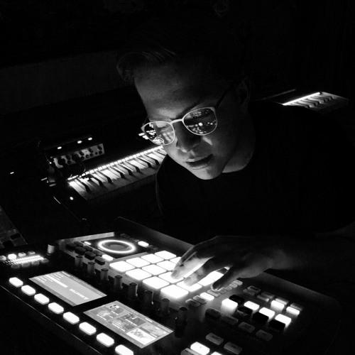 Daniel Ramirez's avatar
