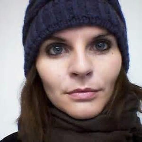 Irene Bartola's avatar