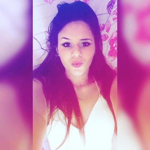 Tassiane Gomes's avatar