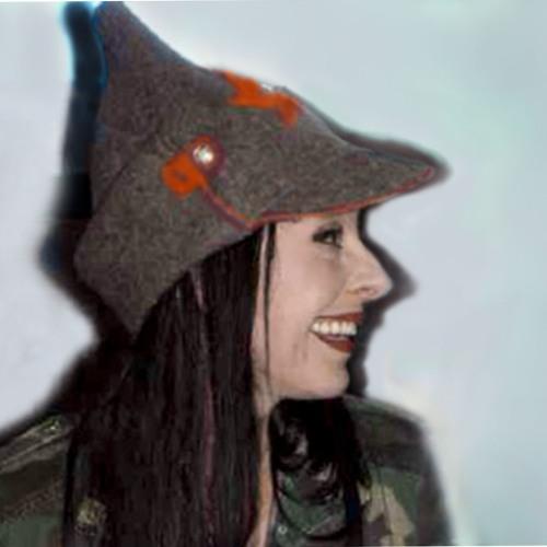 Lucy Hobrecht's avatar