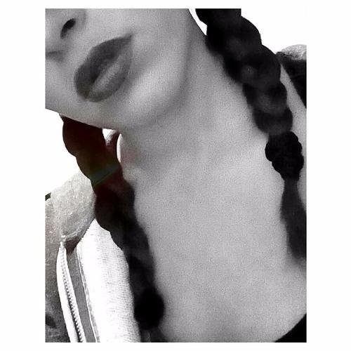 Elena J. Crobu's avatar