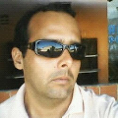 VICTOR XAVIER's avatar