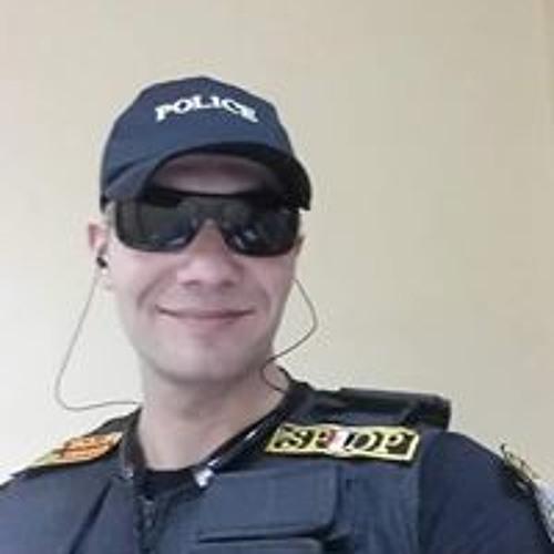 عبد الحميد's avatar