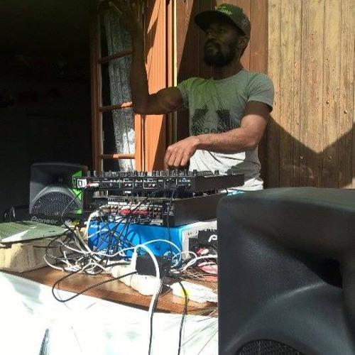 DJ-D-one's avatar
