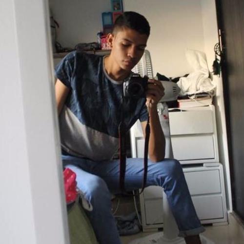 Luisrh98's avatar