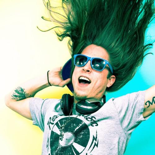 DJ Mackle's avatar