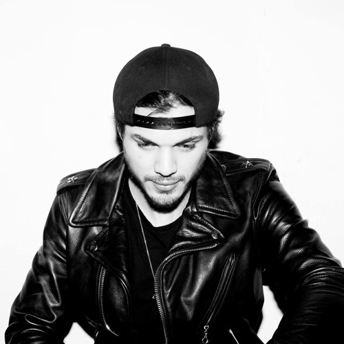 Chris Alvarez's avatar