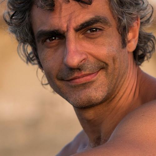 Santo Coronado's avatar