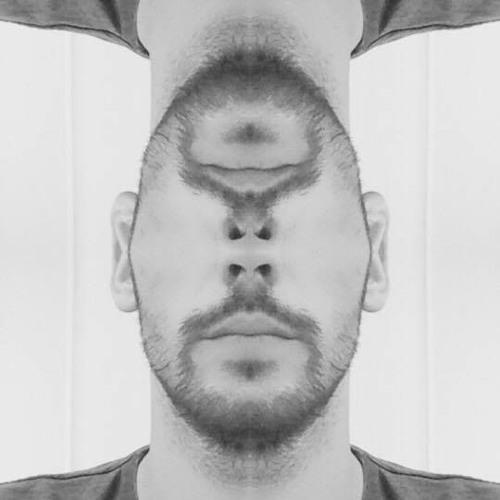 Mc KikiB's avatar
