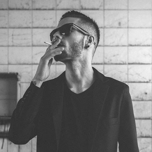Denis Veszpremi's avatar