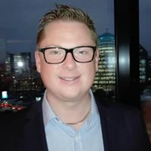 Stuart Young's avatar
