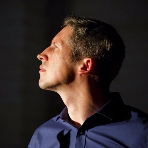 Dmitry Makarov's avatar