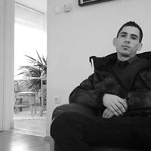 Gábor Szecskó's avatar