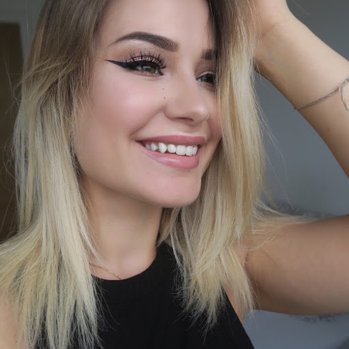Audrey Lesnicki's avatar