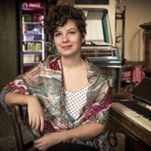 Charis Tsalpara's avatar