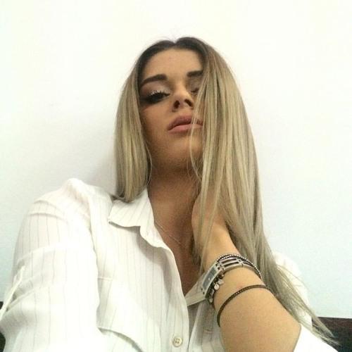 Adina Honey's avatar