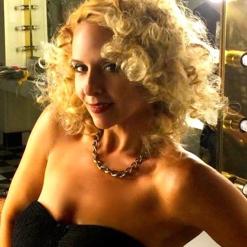 Sarah Daye's avatar