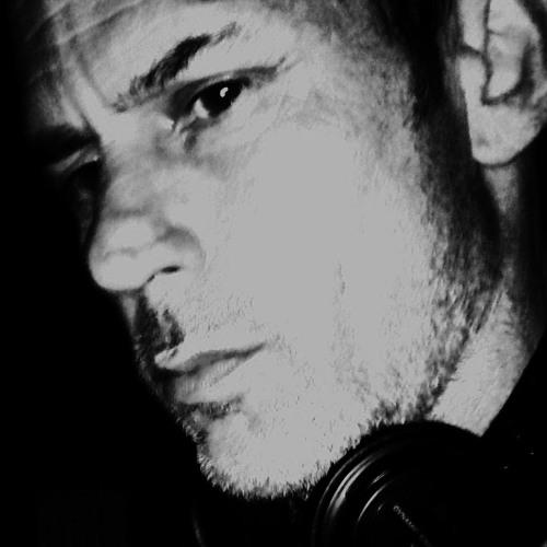 dj olz samplesz n Loopz Trax's avatar