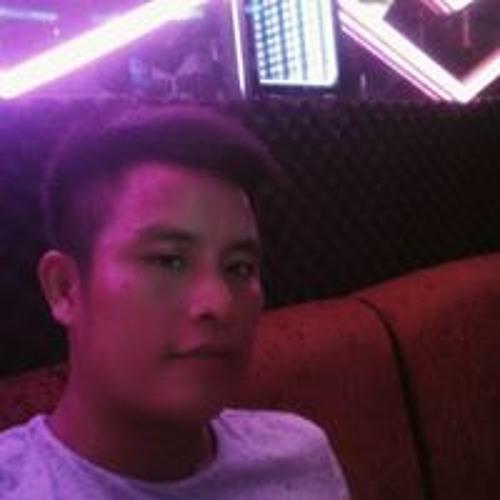 Chân Thành's avatar